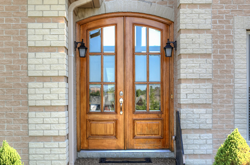 1111 Willow Wood Louisville Front Door