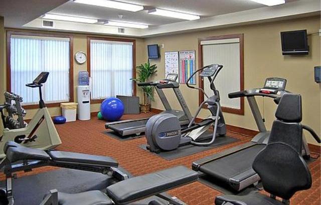 fitness_room_640