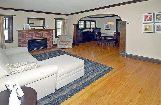 minneapolis_home_for_sale_living_room_638