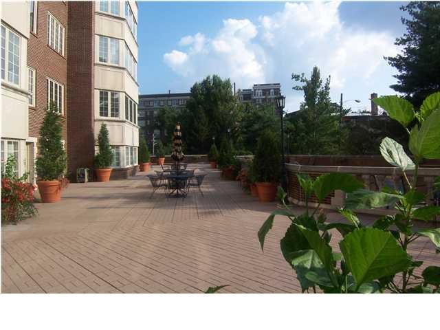 1400 Willow Real Estate Louisville, Kentucky
