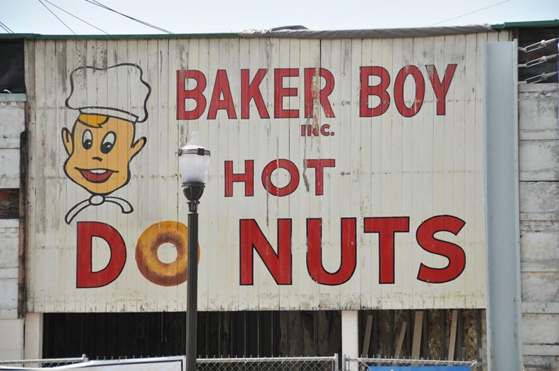 Baker Boy Donuts sign St Matthews KY