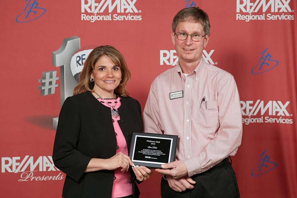 Steve Dobbs and Jennifer Ingram with Platinum award