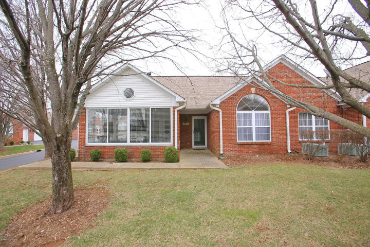 8112 St Andrews Village Cir, Louisville, KY 40241