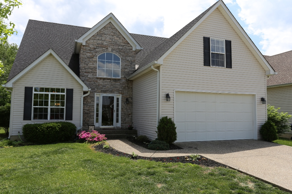 6031 Sweet Bay in Crestwood, KY