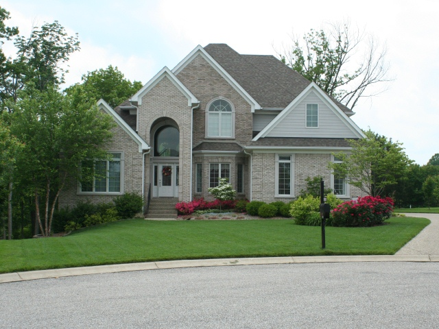 10500 Fairmount Falls Way front view