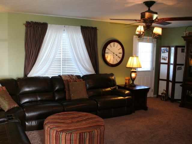 Great Room at 550 Watkins Glen Way