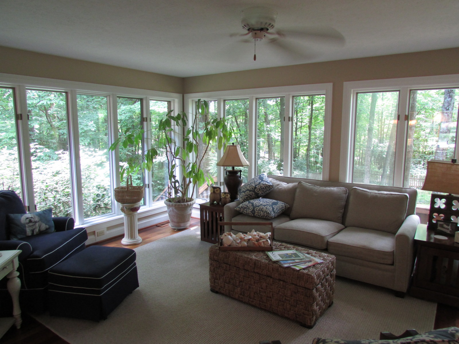 102 Sunnyside Ct Sunroom