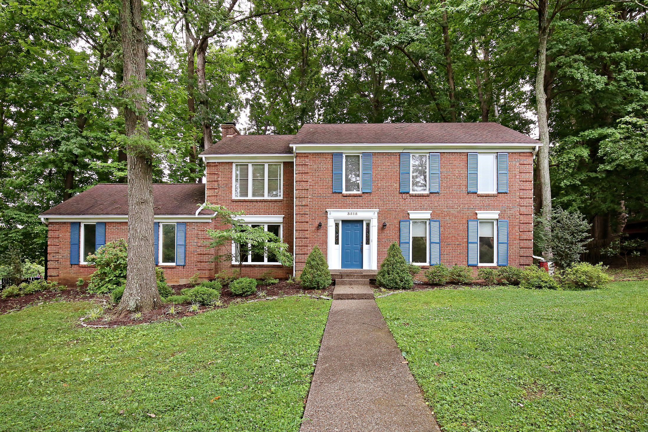 3515 Ridge Top Ct Louisville, KY 40241