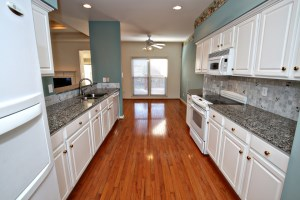 10110 Cave Creek Rd Kitchen