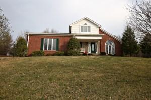 112 Cherry Hills Ln Louisville KY 40245