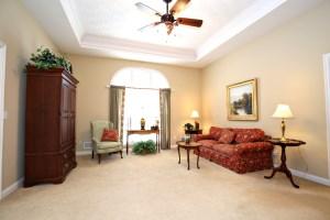 117 Creekside Dr Living Room