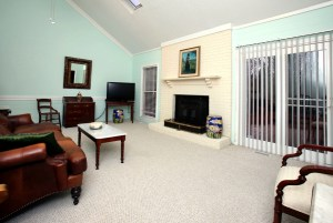 14204 Wakefield Pl Family Room