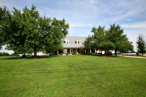 1499 Stringer Ln Mt Washington KY 40047