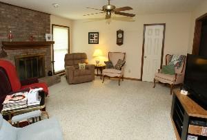 1616 Overstreet Ln Family Room