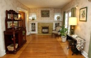 1882 Douglass Blvd Living Room