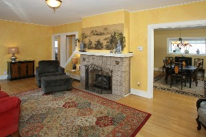 2342 Strathmoor Blvd Great Room