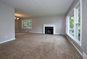 2528 Wendell Ave Living Room