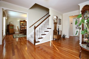 328 Hillcreek Rd Entrance Foyer