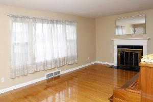 3354 Newburg Rd Louisville KY Living Room