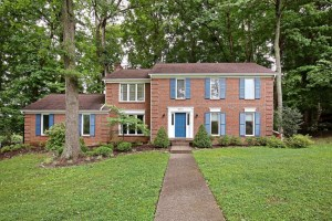 3515 Ridge Top Ct, Louisville, KY 40241