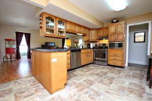 353 Chenoweth Kitchen