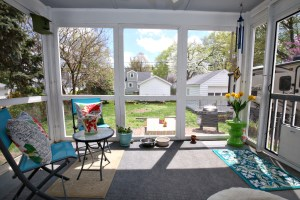 4018 Hillsboro Screened Porch