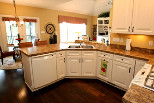 4022 Ballard Woods Dr Kitchen