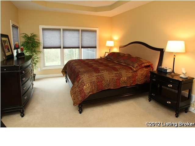 4022 Ballard Woods Dr. Smithfield Ky 40068 Master Bedroom