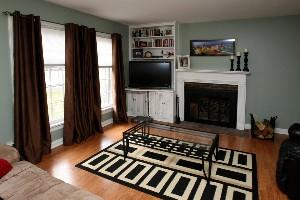 521 Leyton Ave. Living Room