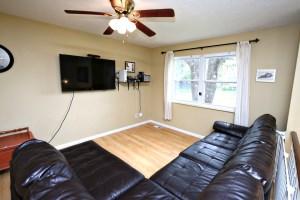 5604 Dea Dea Dr Living Room