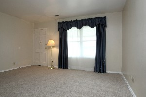 5611 Halstead Ave Living Room