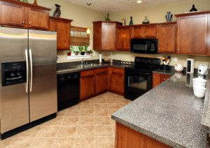 6003 Wooded Creek Dr Kitchen