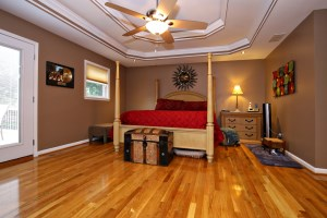 6012 Six Mile Master Suite