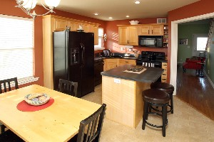 6222 Sweetbay Dr Kitchen