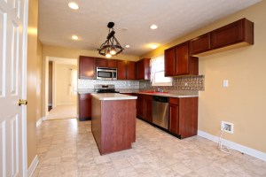 6609 Silo Ridge Ct Kitchen