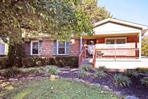 6802 Creedmoor Ct Louisville, KY 40228