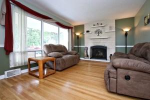 7917 Poinsettia Dr Living Room