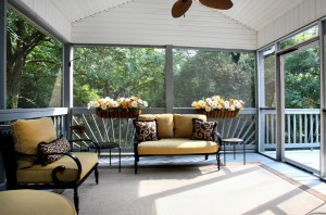 810 Skyline Dr Screened Porch