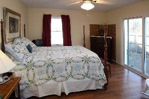 8717 Deer Point Ct Louisville KY Master Bedroom