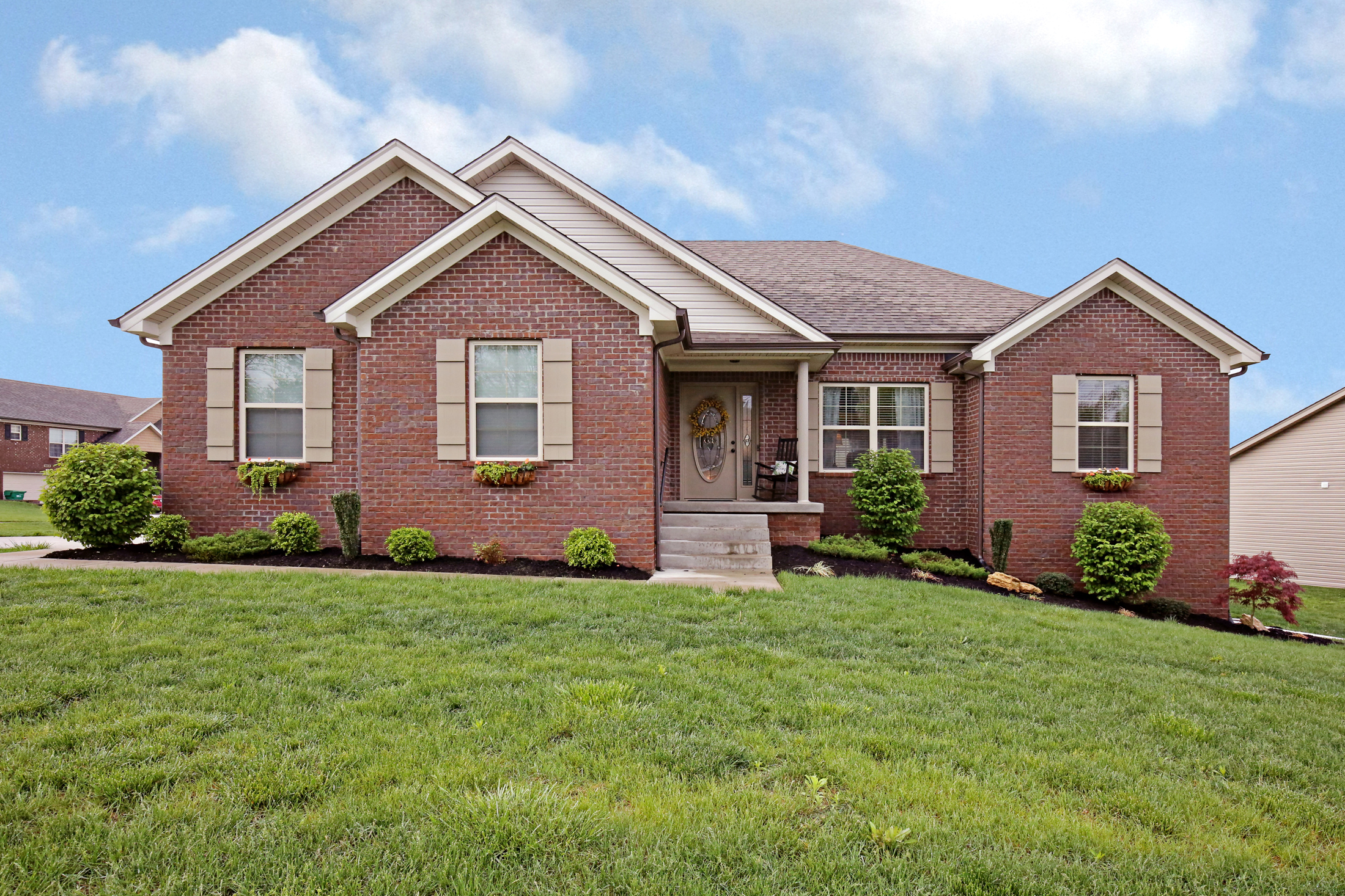 9409 Mossy Creek Way, Louisville, KY 40299