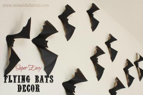 flying bats resized 600