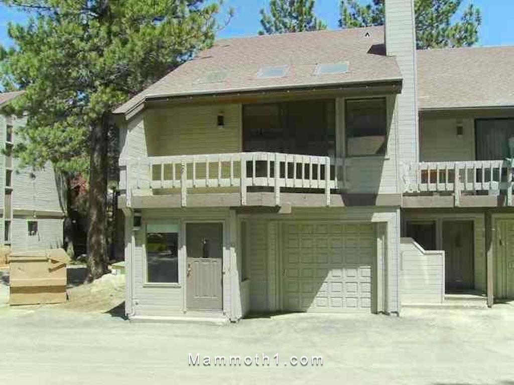 AirBNB Townhome Condo Rental in Mammoth Lakes for Sale
