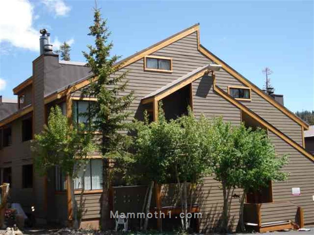 San Sierra Village Condos for Sale Rental in Mammoth Lakes