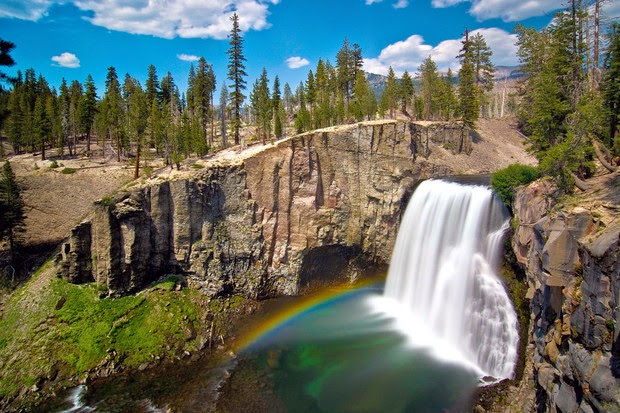 Rainbow Falls Mammoth Lakes CA