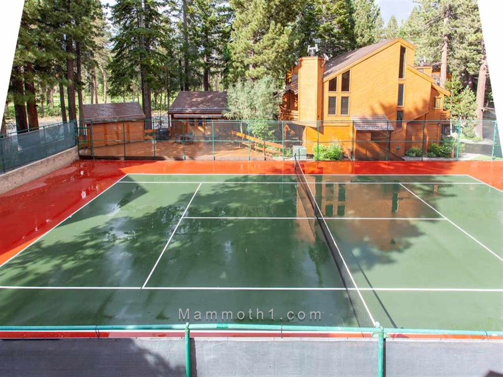 Photo of Tennis Village Condo Complex in Mammoth Lakes