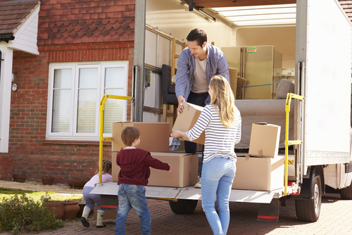 Expert Tips on How to Move and Relocate with Children