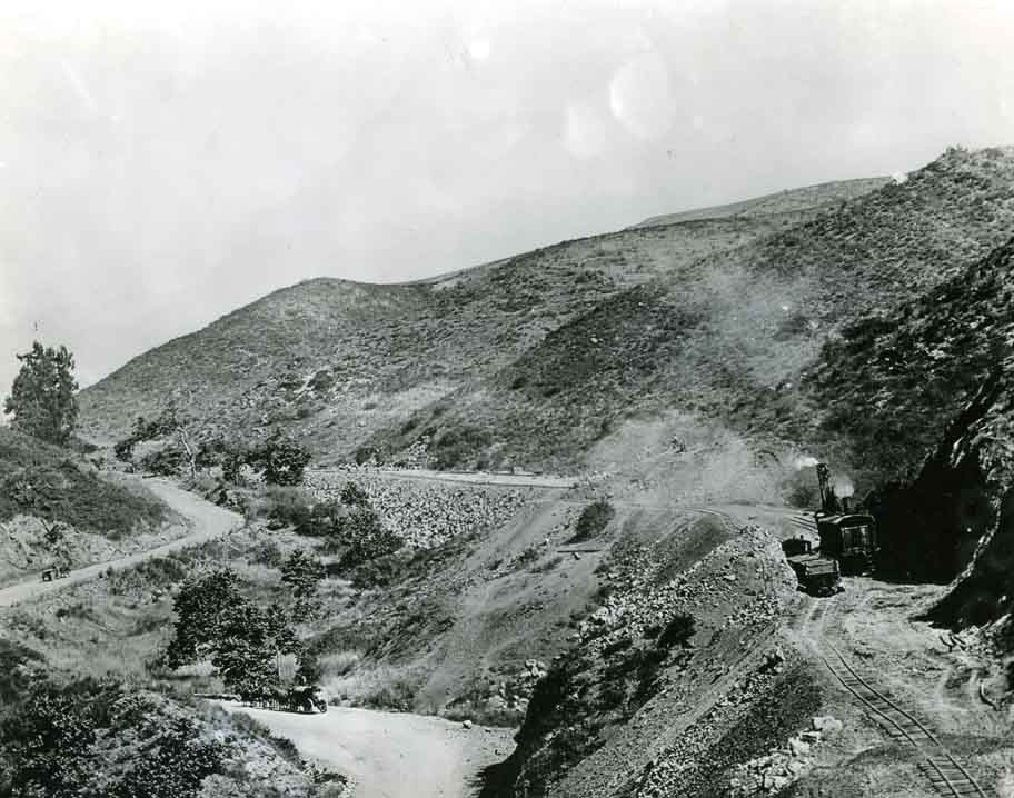 Cahuenga Pass photo