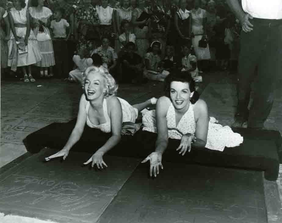 Vintage photo of Marilyn Monroe & Jane Russell