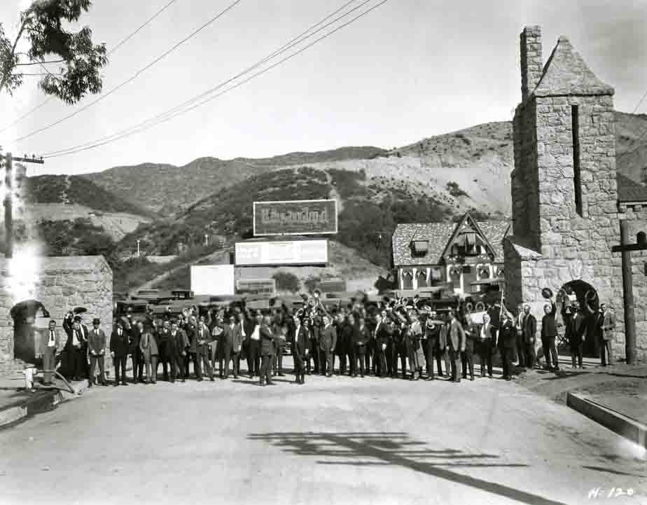 Photo of Hollywoodland center