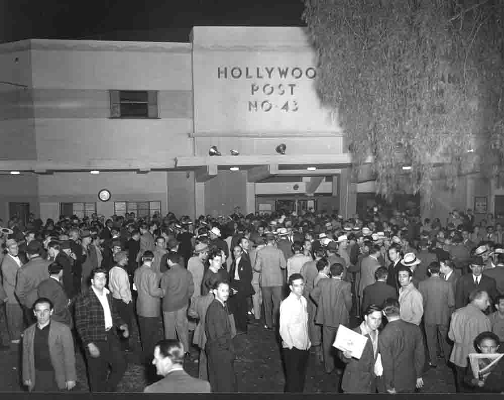 Audience at Hollywood Legion Stadium